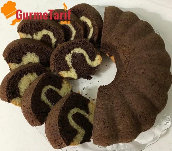 sodalı iki renkli kek tarifi