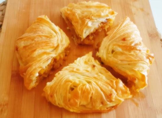 Pratik Patatesli Börek Tarifi – 2 Yufka İle Kolay Börek