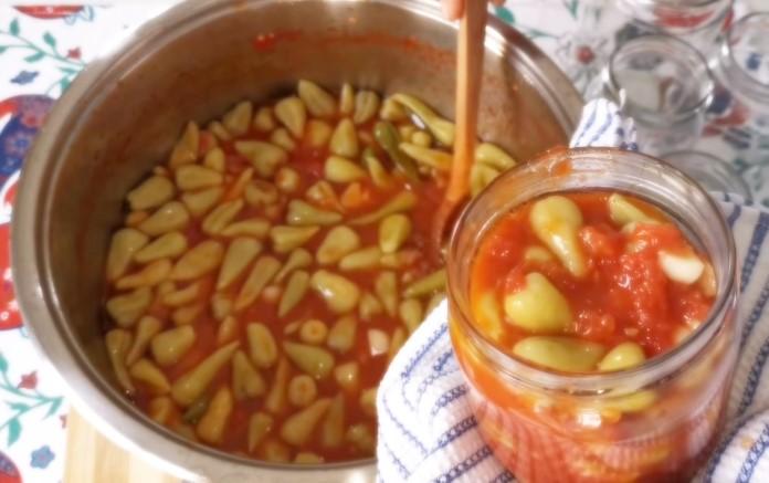 domates soslu süs biber turşusu tarifi