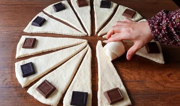 Çikolatalı Katmer Poğaça Tarifi